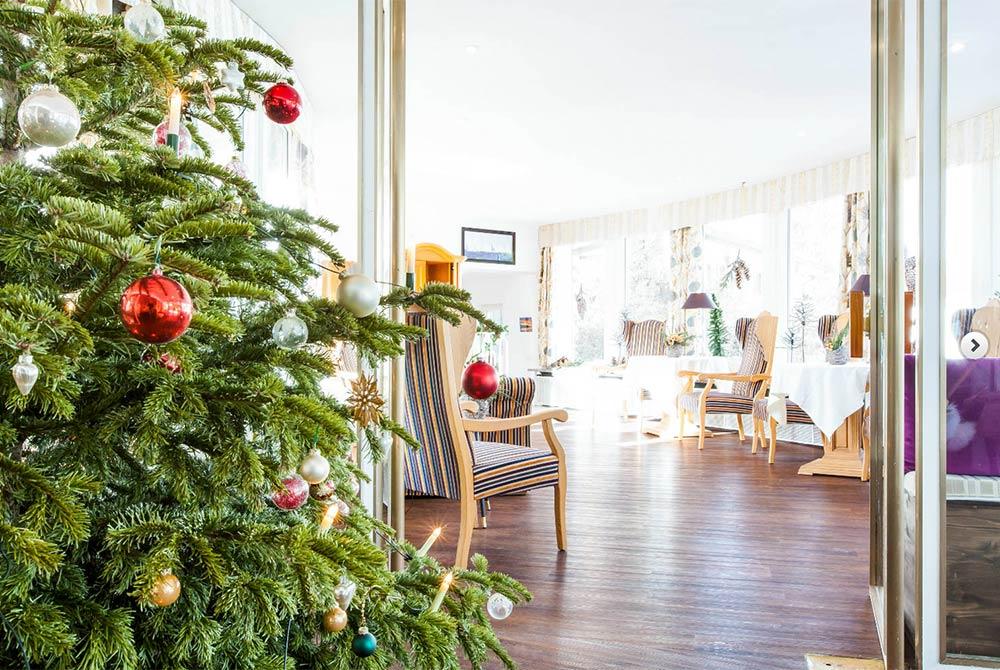 Weihnachten 2019 Berlin.Tegernsee Angebote Im Winter Hotel Berlin Am Tegernsee